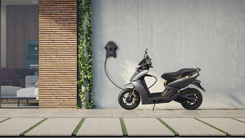"""Smart electric scooter uses predictive analytics and Bluetooth to eliminate """"range anxiety"""" while reducing the CO2 being generated by the 5 million two-wheelers in this city."""