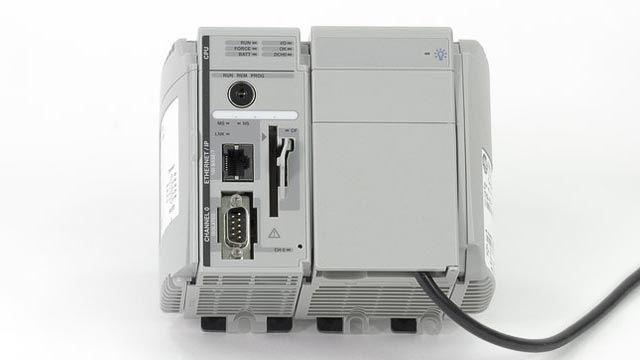 Simulink PLC Coder unterstützt zahlreiche Drittanbieter-IDEs, darunter Siemens STEP7/TIA Portal, Rockwell Automation Studio5000, 3SCODESYS und PLCopenXML.