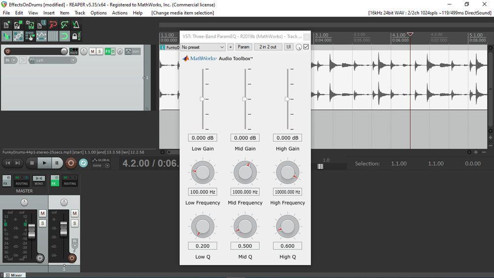 Interface utilisateur d'un plugin audio généré avec MATLAB, vue pendant son utilisation dans REAPER, une DAW largement utilisée. L'interface utilisateur inclut plusieurs curseurs et boutons de commande arrangés selon une grille de taille 3 par 3.