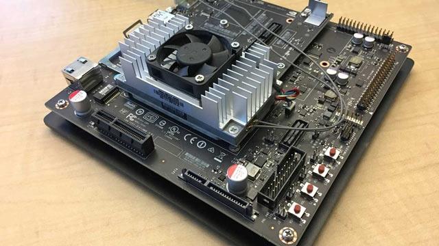 Airbus prototype la détection automatique de défauts sur NVIDIA Jetson TX2.